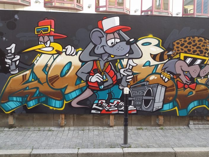 Cartoon painting of street art with Graffiti - Temporary painting in Strasbourg, France 2017