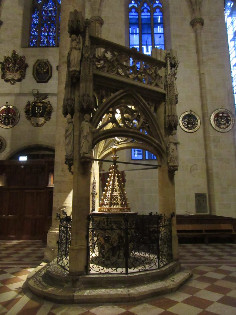Different angle of shiny stuff at Ulm Cathedral