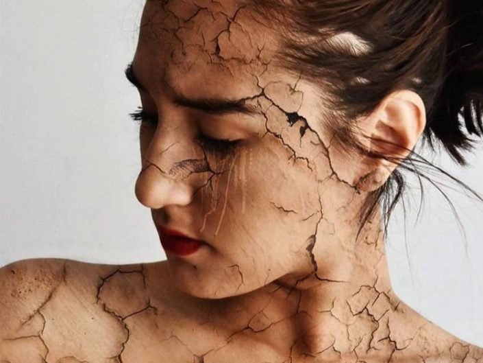"Sophie Illing ""Broken"" Photo Manipulation of girl's face being fragmented."