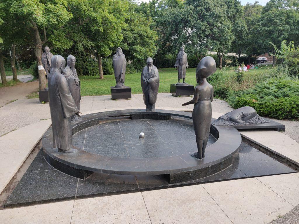 Budapest sights - sculpture
